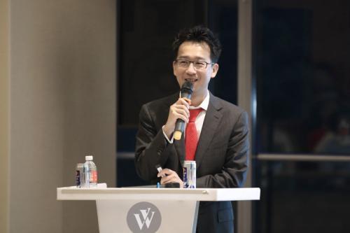 马化腾:腾讯最厉害的武器还是微信和QQ'连接一切的能力'