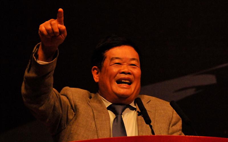 专访曹德旺:不要把供给侧改革的责任全推给政府