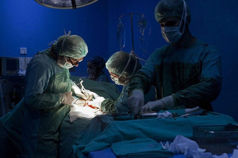 榆林产妇跳楼背后:严控剖宫产率是重要考核指标
