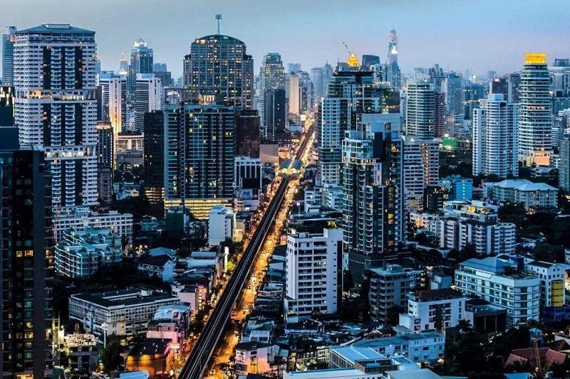 32岁,卖了上海的房,转战二线城市:起点高的职场人,如何活得更好?